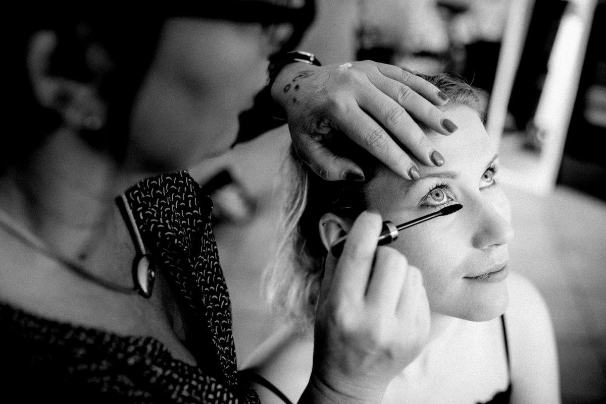 Augen schminken,Mascara,Wimperntusche,
