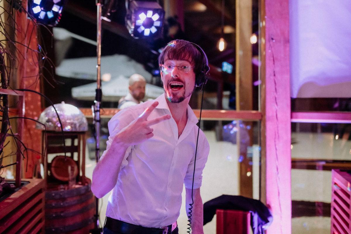 DJ,Hochzeit,Kopfhörer,Licht,Musik machen