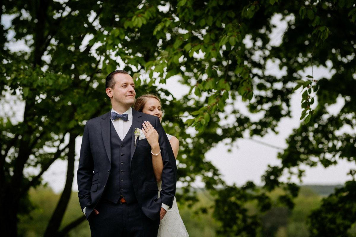 Hochzeitsbilder machen,Paar,Umarmung,geborgenheit