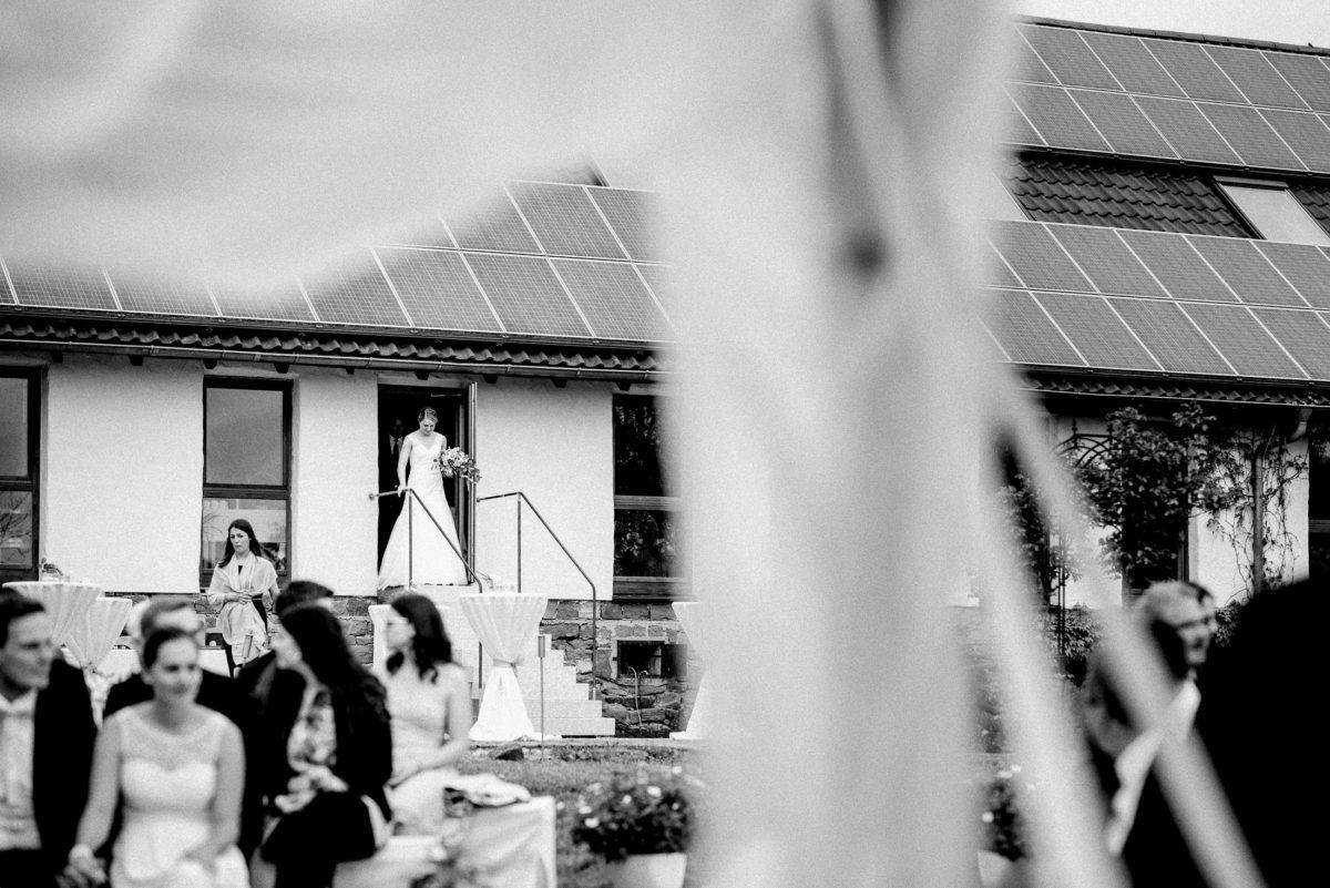 Brauteinmarsch,Treppe,Hochzeitsgäste,im freien