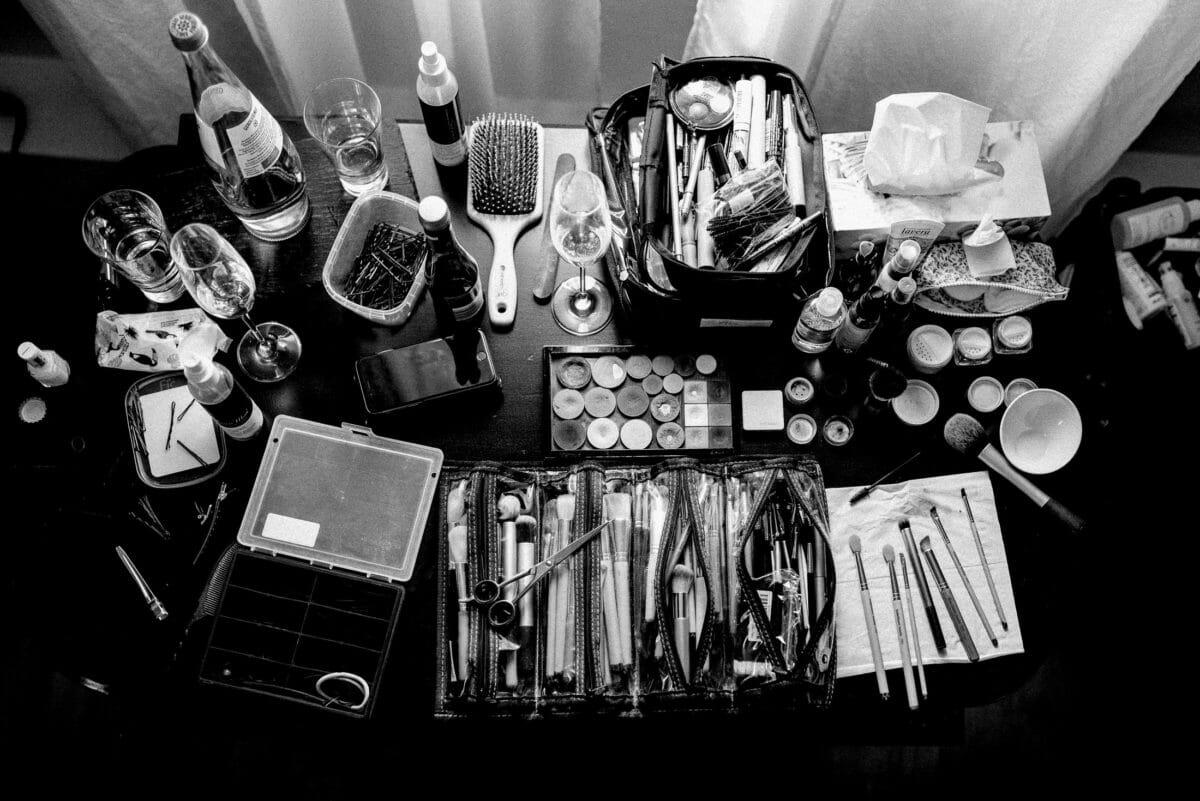 Schminkutensilien,Haarbürste,Schminktisch,Pinsel