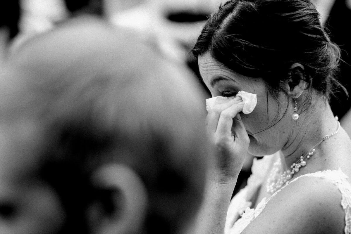 Braut,emotional, Tränen, geweint vor Glück,Taschentuch