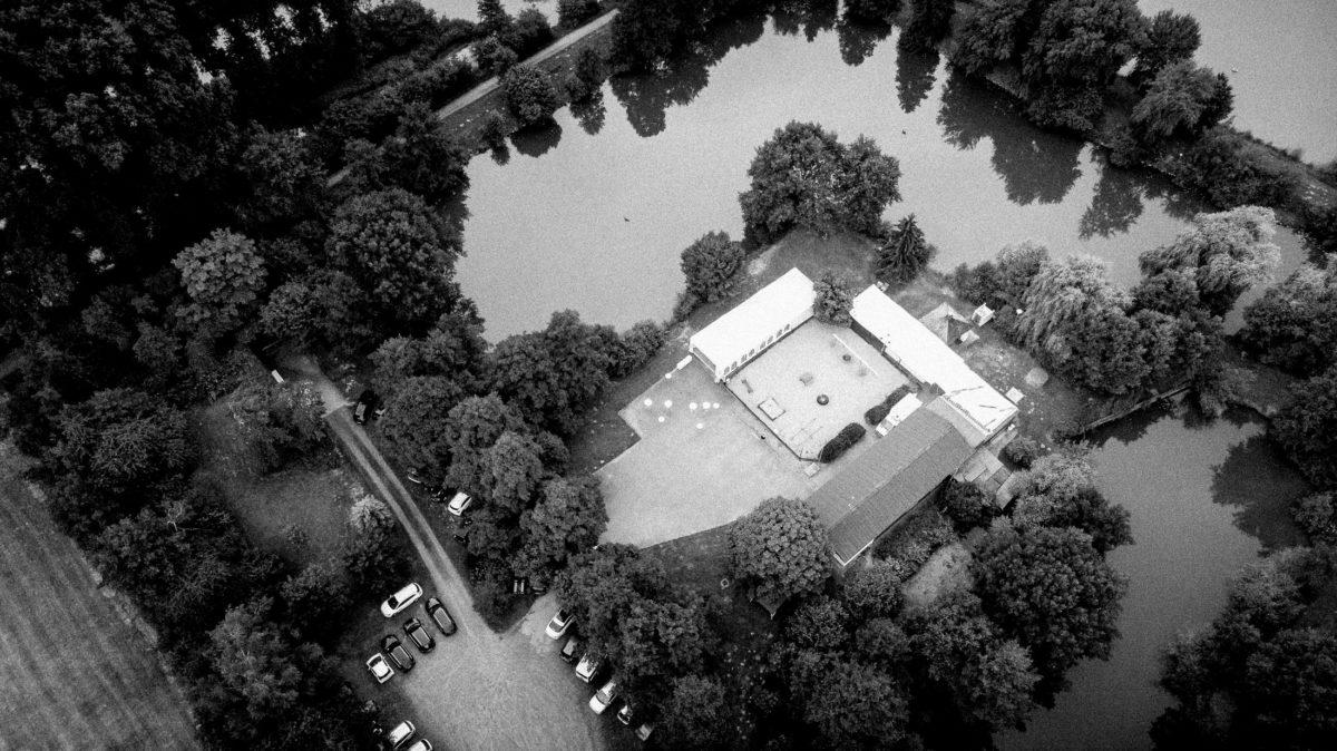 Anglerverein ASV Hergershausen,See,Bäume,Parkplatz