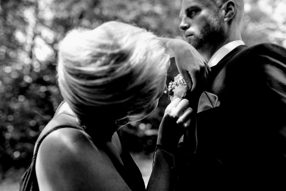 Ansteckblume,Vorbereitung,Frau,blond,Mann,Ohrring,Anzug