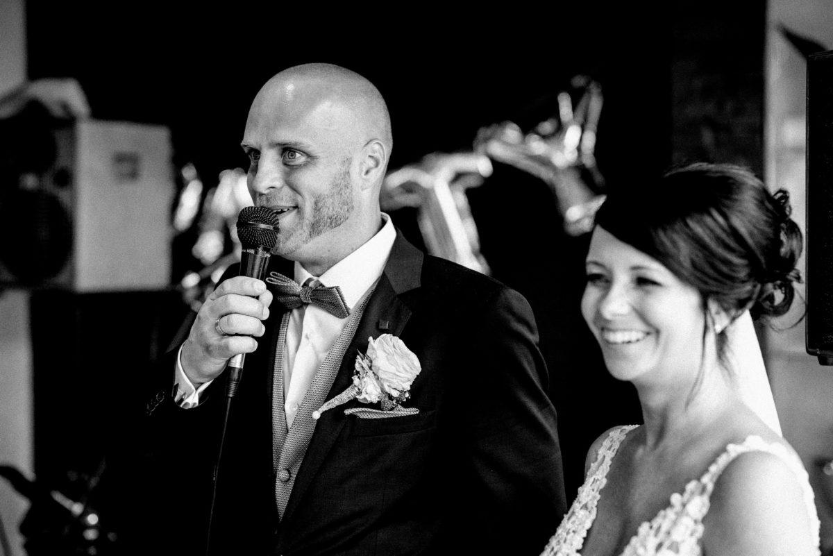 Hochzeitsrede,Bräutigam,Braut,Mikrofon,Lautsprecher
