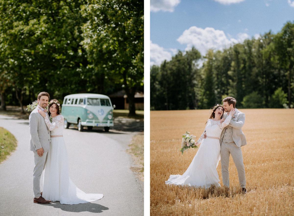 Brautkleid, Schleppe, Paar, Bulli, VW, Bus, Straße, Bäume, Feld, Wald, Lachen, Hochzeit, heiraten