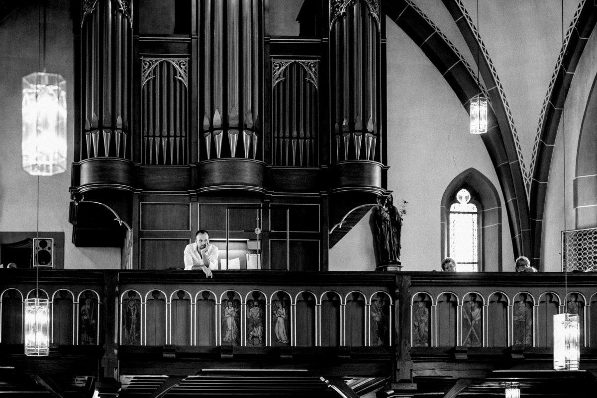 Kirche, Orgel, warten, Mann, Pfarrkirche Sankt Sebastian, St. Sebastian, Wenigumstadt