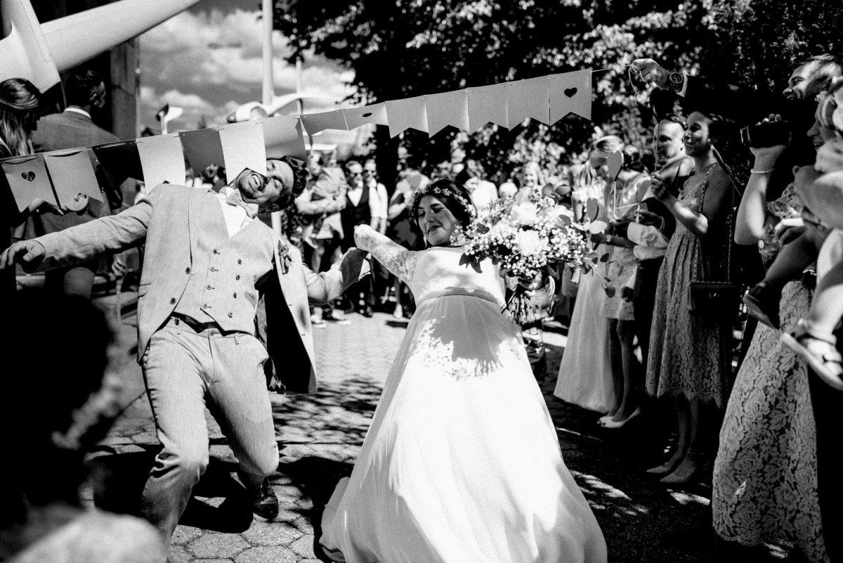 Brautpaar, Limbo, Spiele, Gäste, Kamera, Herzen