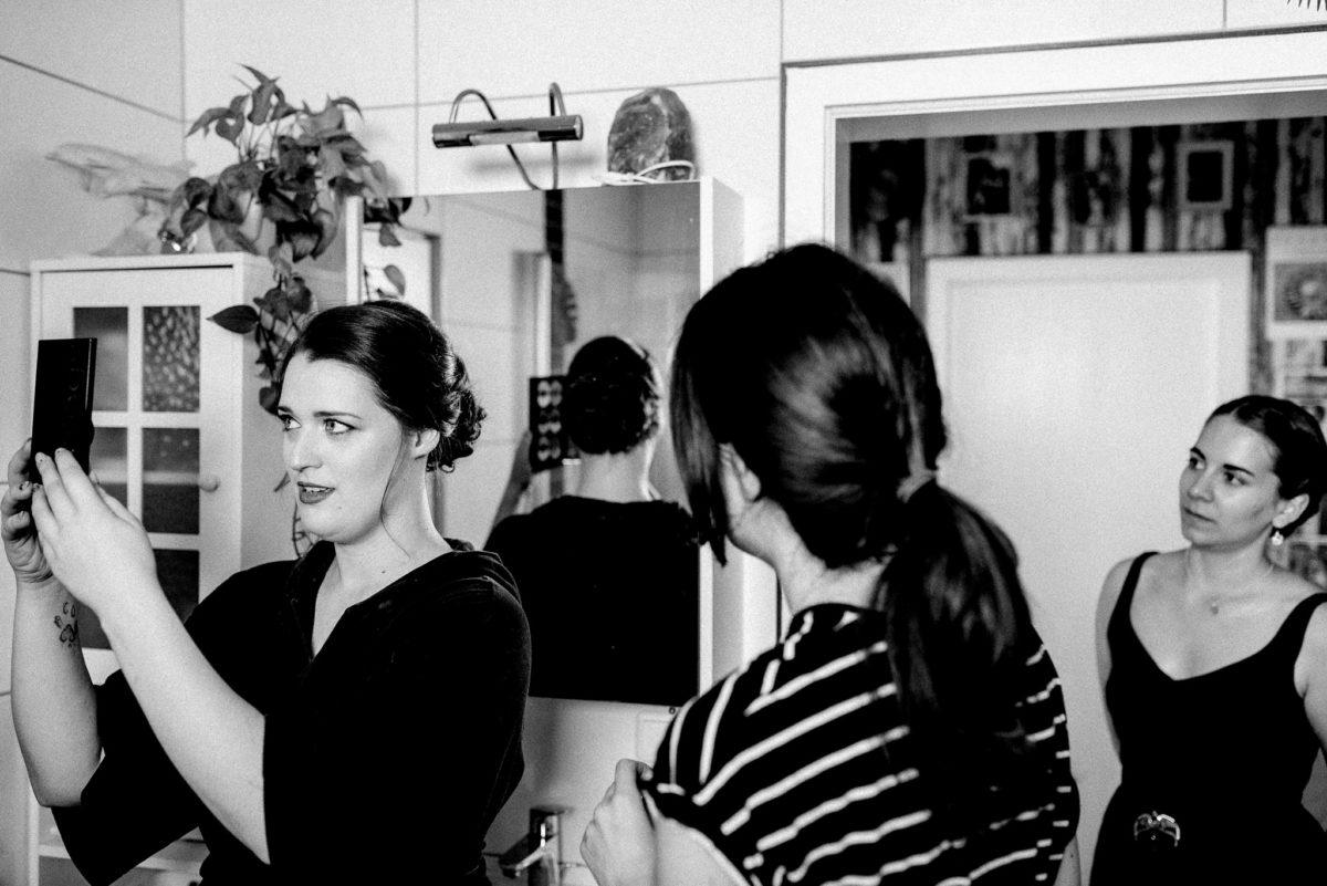 Frauen, Spiegel, Frisur, Sreifen, Schrank, Pflanze, Braut