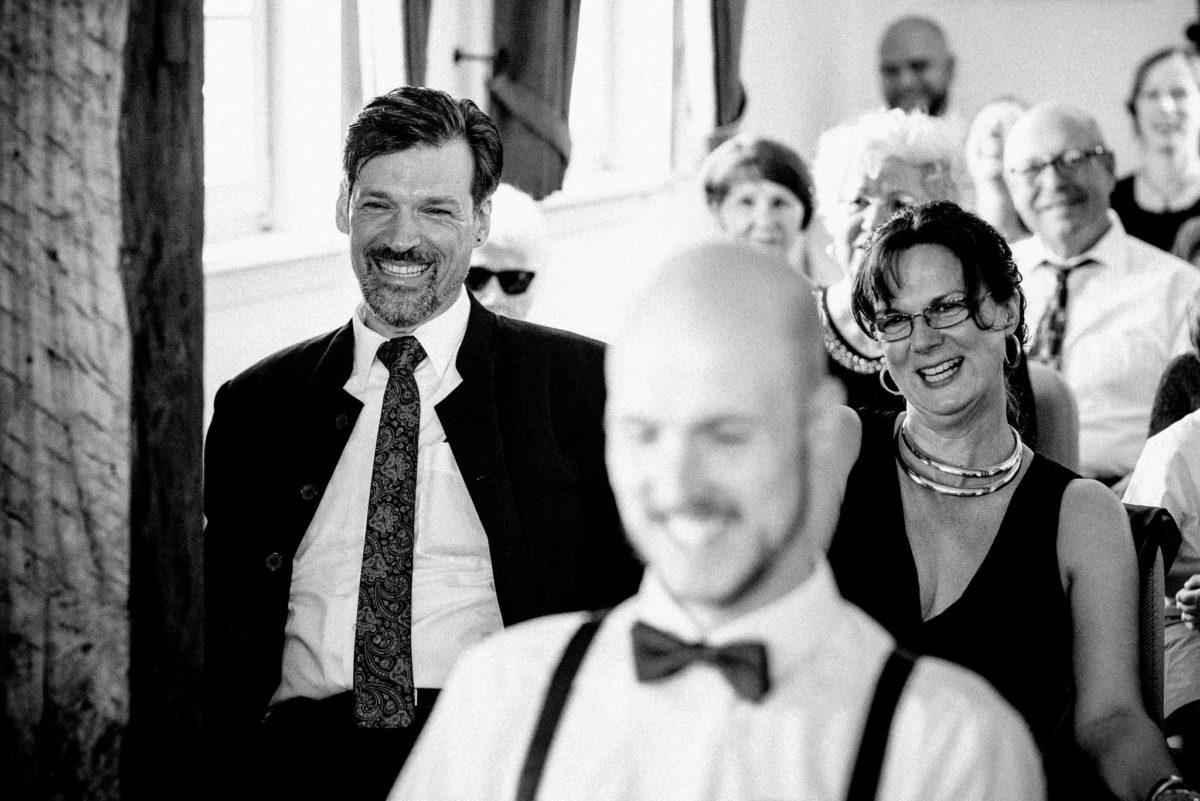 Lachen, Bräutigam, Mann, Kette, Brille, Krawatte
