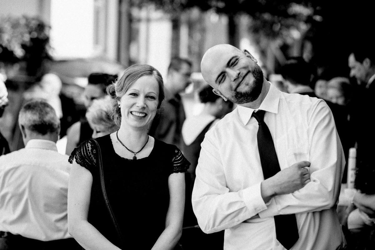 Freunde, Hochzeit, Lachen, Hochzeitsfotografie