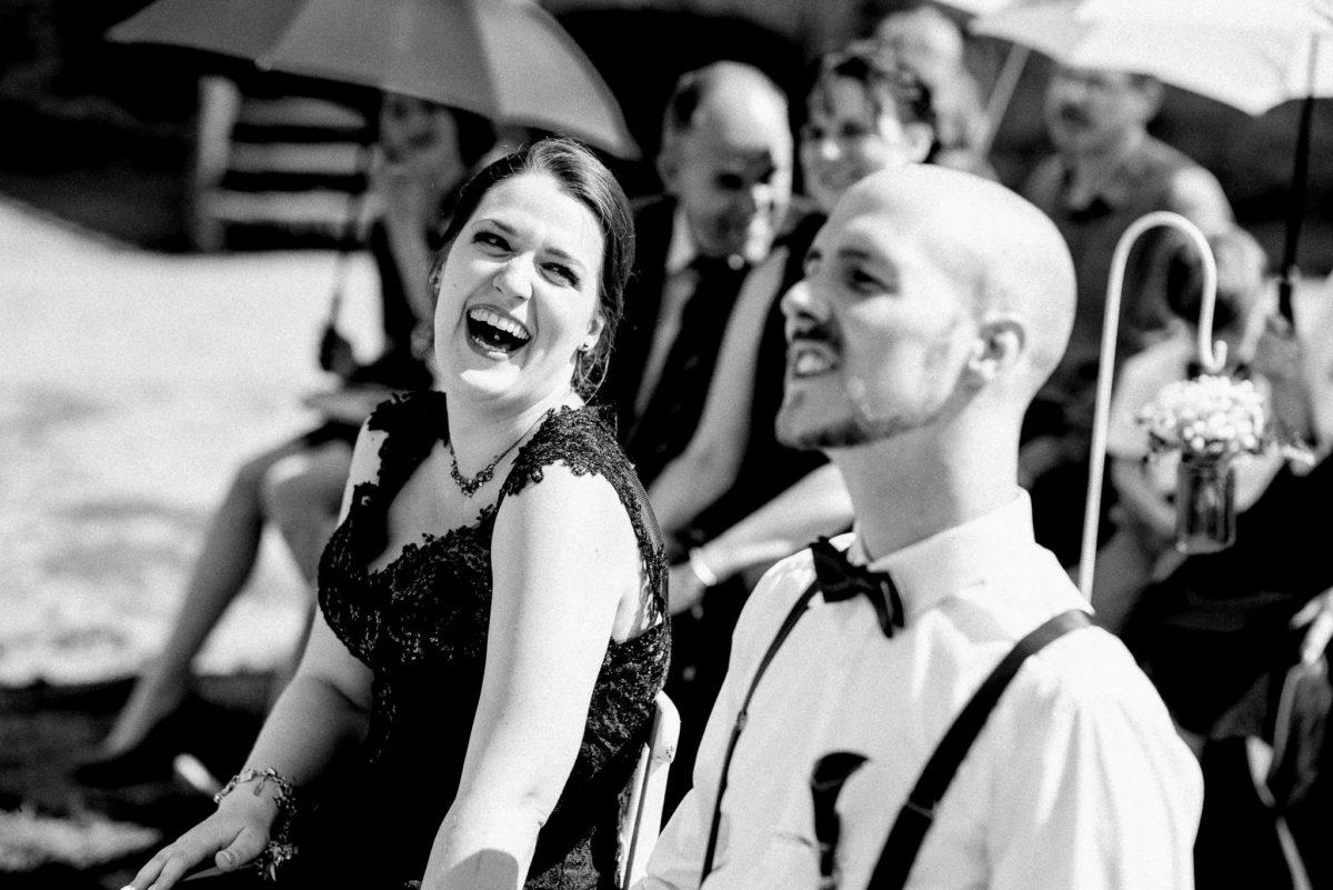 Zungenpiercing, Braut, Brautpaar, Ehemann, Ehefrau, Lachen