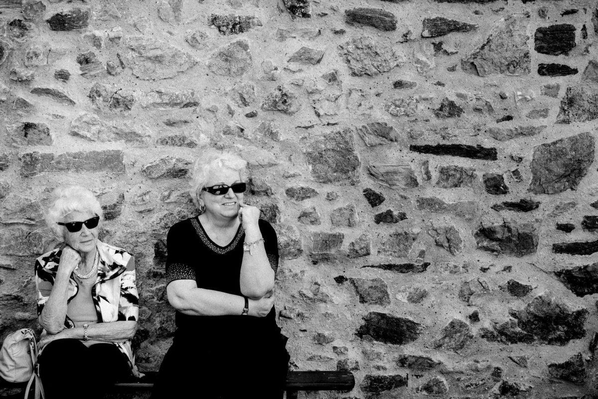 Frauen, Mauer, Wand, Sonnenbrille, Lächeln