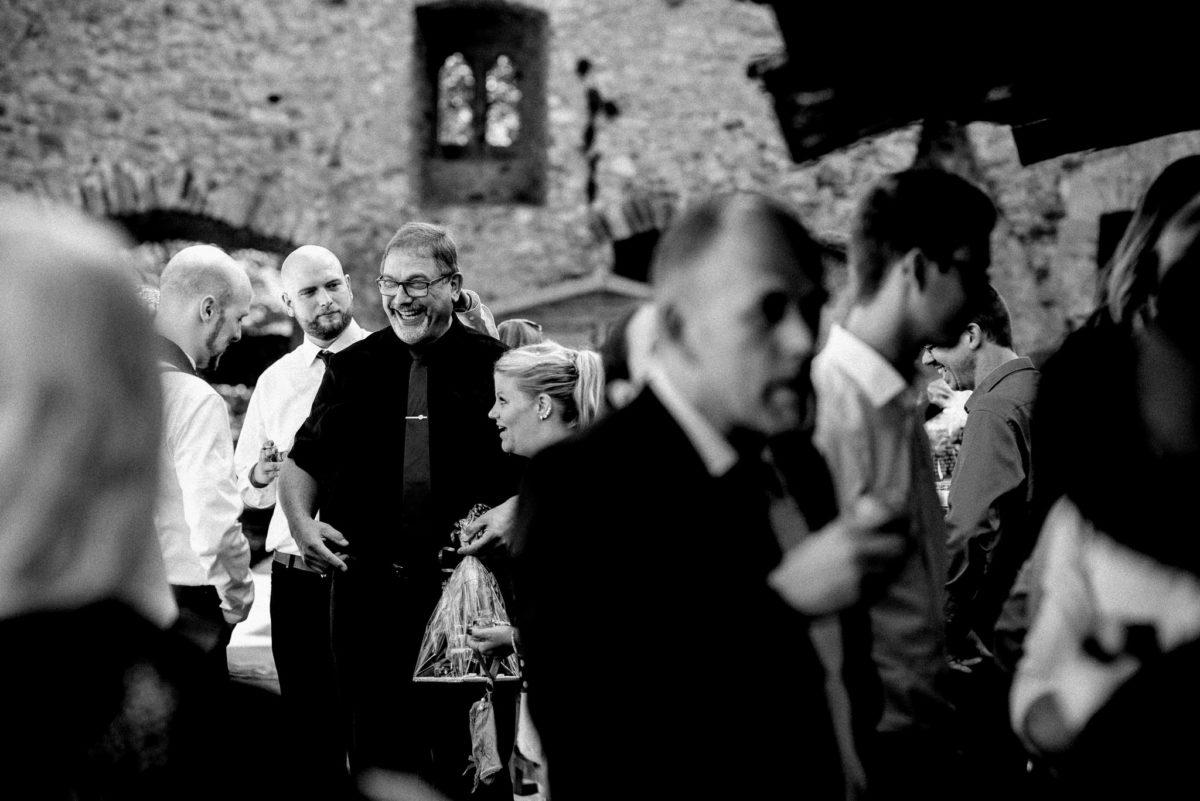 Feier, Freie Trauung, Hochzeit, Gäste, heiraten, Bräutigam