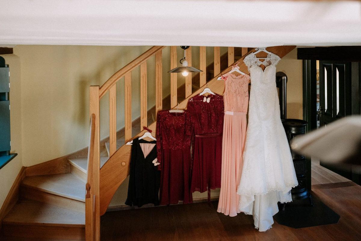 Getting Ready, Kleider, Hochzeitskleid, Trapiert, Hochzeitsfotografie,