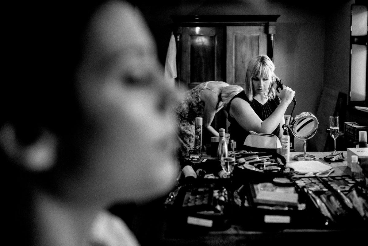 Getting Ready, Fertigmachen, Hochzeitstag, Brautstyling,
