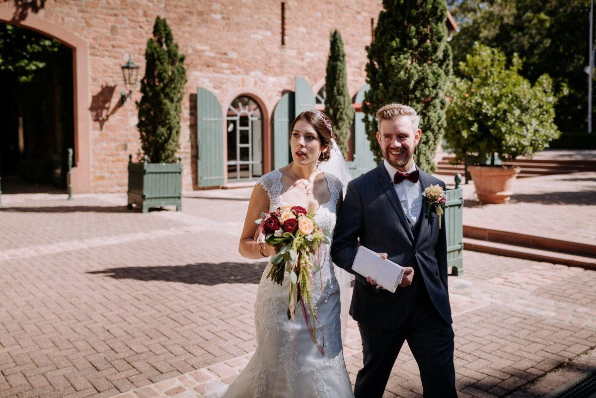 Hochzeitspaar, Brautpaar, Überrascht, Hofgut Hünersdorff