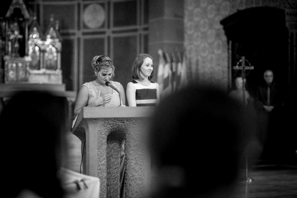 Hochzeitsfotografie, Rednerin, Kirche, heiraten, Wörth