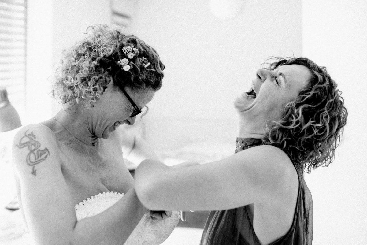 Hochzeit, heiraten, Getting Ready, Braut, Ü30, schwarzweiß, Hochzeitsfotograf