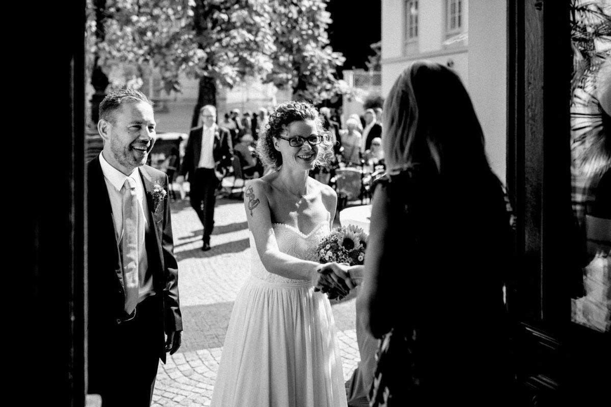 Hochzeit, heiraten, Hochzeitsfotograf, Standesamt, Brautpaar, Brautstrauß